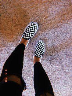 Lynn Mellema Source by celineeeeeeeeeeeeee ideas vans Sneakers Mode, Vans Sneakers, Sneakers Fashion, Vans Shoes Outfit, Vans Shoes Women, Fashion Shoes, Jordan Sneakers, Adidas Shoes, Women's Shoes Sandals