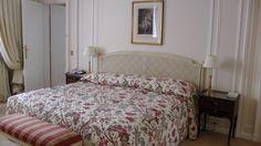 ├ フランス|世界へBon Voyage-5ページ目 Le Bristol Paris, Early Check In, Spa Services, Room, Furniture, Home Decor, Bedroom, Decoration Home, Room Decor