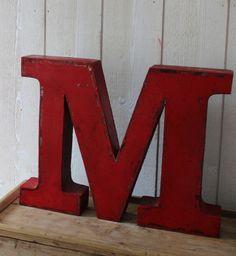Lettres en métal