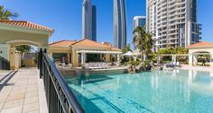 Sub Penthouse Apartments at Towers of Chevron Renaissance Surfers Paradise are located on the upper floors of the three iconic towers and offer guest guaranteed spectacular views of the Gold Coast Ocean.