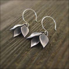 Modular Modern Leaf Cluster Dangle Earrings by Kelly Gilligan - Medium – Beth Millner Jewelry