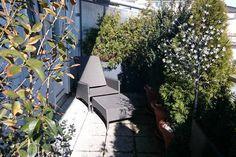 Nice apartment in Munich with great terrace. Das Appartment in München verfügt über eine großzügige Terrasse.