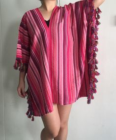 As I was searching for material I found this stripped rayon. Instinctively this got to be a base for a funky, hippies or bohemian style. When its matched with colourful pompom or tassel on the edge, the result is astonishing. I thought you should have something different and outstanding in