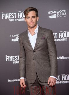 Chris Pine arrives at the premiere of Disney's 'The Finest Hours' at TCL
