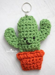 Crochet Cactus Keychain – Repeat Crafter Me – Shaylynn Wright - Crochet Cactus En Crochet, Love Crochet, Crochet Gifts, Crochet Flowers, Crochet Key Chain, Crochet Cactus Free Pattern, Mobiles En Crochet, Crochet Mobile, Crochet Amigurumi