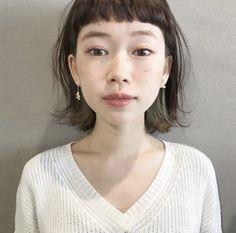 Asian Short Hair, Girl Short Hair, Medium Hair Styles, Natural Hair Styles, Short Hair Styles, Bowl Haircuts, French Twist Hair, Japanese Hairstyle, Hair Reference