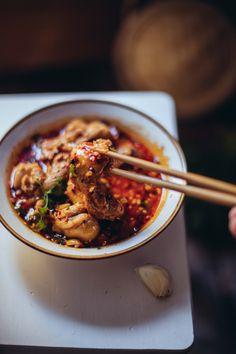 """Mouthwatering Chicken in Chili Oil - """"Kou Shui Ji"""" - Simple But Yum"""