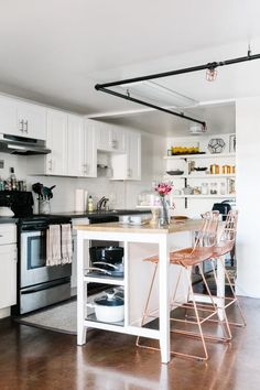 An Old Wonderbread Factory Becomes a Spacious Designer Loft | Design*Sponge