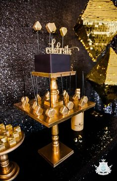 A Glistening Gold Geometric Luxe Party to Celebrate and bring in the New Year by Sweet Empire
