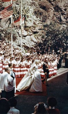 Relive Grace Kelly's spectacular royal wedding to Prince Rainer 60 years ago - HELLO! CA
