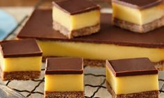 Recipe for Dark Chocolate Caramel Slice Chocolate Caramel Slice, Köstliche Desserts, Delicious Desserts, Dessert Recipes, Yummy Food, Caramel Biscuits, Recipes, Cookie Recipes, Desserts