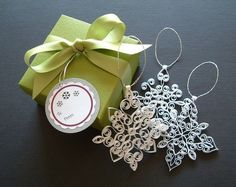 Beautiful quilled snowflake set.