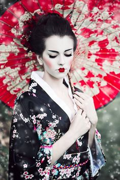 Woman wearing Geisha Girl outfit