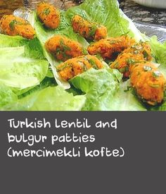 Turkish lentil and bulgur patties (mercimekli kofte) | This well loved Turkish dish is really healthy and delicious. A very easy vegetarian recipe, you just combine cooked red lentils and bulgur with spices and seasoning and shape into patties. Perfect for entertaining a crowd.