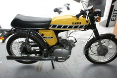 Yamaha Fizzy moped FS1. I'LL BE YOUR PLUS ONE.