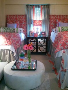 Teen girl room design ideas, The quantity of sunlight in a particular room plays a huge role in the way its interior decorating projects. In case your room lacks windows, you should pick a light colored paint to avoid a cave-like effect. Girl Room, Girls Bedroom, Bedrooms, Bedroom Décor, Dream Bedroom, Bedroom Ideas, Dorm Life, College Life, Cute Dorm Rooms