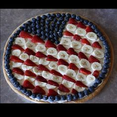 American Flag made out of fruit... A dish perfect for New Years, or 4th of July!!!!