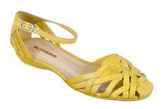 #Sandália amarela