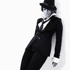 New Song: Beyonce – 'Black Culture' Beyonce Photoshoot, Gangster Outfit, Mafia Party, Suits For Women, Sexy Women, Sexiest Women, Black And White Outfit, Men Suits, Fashion Editorials