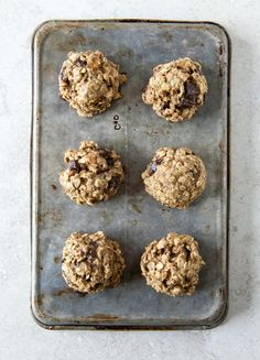 Breakfast Cookies Recipe | Breakfast cookies are hard. You want them to be healthy so you feel virtuous about starting the day on the right foot, but you still want your breakfast to taste good. These breakfast cookies leave you feeling slightly virtuous (flax!) yet slightly naughty (CHOCOLATE!).