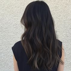 Hair Color Ash Brown Dark Low Lights 28 New Ideas – Balayage Hair Ash Brown Hair Color, Brown Hair Shades, Light Brown Hair, Black Brown Hair, Dark Brown Hair With Low Lights, Black Hair With Brown Highlights, Black Highlighted Hair, Brunnete Hair Color, Hair Color Black