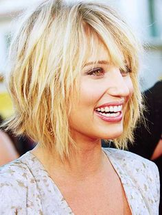 short blonde layered bob - Google Search