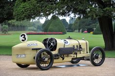 1924 Alvis 200 Mile Race Car. A very early incarnation of the Alvis Motor Car.....never seen it before!