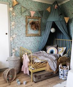 girl room decor Childrens room and childrens bedroom ideas