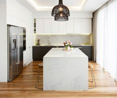4 Tips For Kitchen Remodeling In Your Home Renovation Project – Home Dcorz Stone Benchtop Kitchen, Stone Kitchen, Kitchen Worktop, Red Kitchen, Marble Benchtop, Grey Kitchen Interior, Modern Kitchen Design, Home Decor Kitchen, Kitchen Ideas