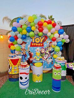 Erica D's Birthday / Toy Story - Photo Gallery at Catch My Party Toy Story Birthday Cake, Baby Boy 1st Birthday Party, 2nd Birthday Party Themes, 1st Boy Birthday, Birthday Party Decorations, Birthday Ideas, Craft Party, Fête Toy Story, Toy Story Baby