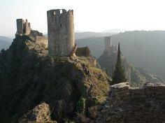 Châteaux de Lastours France Europe, South Of France, France Travel, Chateau Medieval, Medieval Castle, French Castles, Jaime Lannister, Kirchen, Sansa