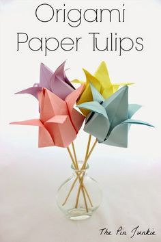 Everybody knows about origami, the Japanese art of paper folding. But what is it that can make origami so magical, … Fun Easy Crafts, Paper Crafts For Kids, Crafts For Teens, Foam Crafts, Diy Crafts, Tulip Origami, Origami Art, Origami Bookmark, Origami Design