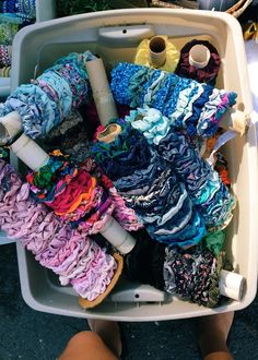Super cars accessories scrunchies Ideas, - How to make scrunchies - Scrunchies Shorts E Blusas, Cute Car Accessories, Accesorios Casual, Cute Cars, Hair Ties, Girly Things, Happy Things, Preppy, Cute Outfits