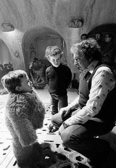 Warwick Davis, Nicki Reade and David Tomblin on the set of Return of the Jedi