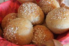 Kananmunaton, kasvisruoka, vähärasvainen. Reseptiä katsottu 15025 kertaa. Reseptin tekijä: jjanettemmaria. Scones, Hamburger, Rolls, Food, Breads, Buns, Hamburgers, Hoods, Meals