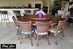 Stof Lar Decorações - Móveis em Madeira de Demolição : Mesa Redonda Base Carretel com Cadeiras P2 Inteira...