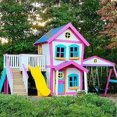 This playhouse is unreal! @imagine_that_playhouses