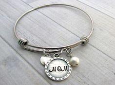 Personalized Bangle - Mom Bracelet - Bridesmaid Bracelet - Mothers Bracelet - Sisters Jewelry - Best Friends