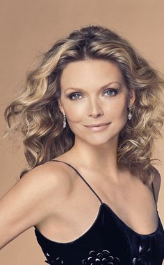 Michelle Pfeiffer, Classic Actresses, Beautiful Actresses, Most Beautiful Women, Beautiful People, Actrices Sexy, Hollywood Icons, Celebs, Celebrities