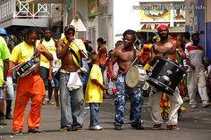 Music Band Photo   Dominica Island: Photo Travel Guide www.HotelTravelVacation.com www.VacacionesReales.com