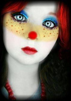Make a Halloween Clown Makeup Halloween Clown, Halloween Make Up, Halloween Face Makeup, Halloween 2015, Adult Halloween, Halloween Party, Clown Mignon, Cute Clown Makeup, Clown Faces