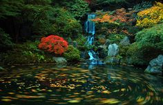 Swirling Heavenly Falls at The Japanese Gardens | Flickr - Photo Sharing!