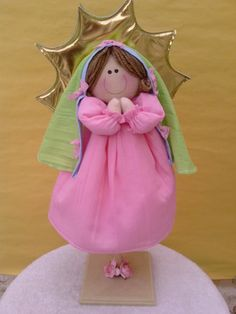 Centerpieces- Virgencita Doll- Def think we can make Sewn Christmas Ornaments, Handmade Crafts, Diy Crafts, Baby Shawer, Angel Crafts, Baby Baptism, Ideas Para Fiestas, Fiesta Party, Candy Party