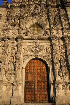 Mexico. Iglesia de San Francisco Javier, Tepotzotlan, Estado de Mexico