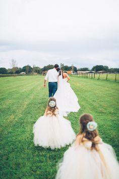 Elegant Barn Wedding by Darin Crofton Photography - WeddingLovely Blog