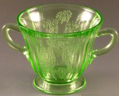Hey, I found this really awesome Etsy listing at https://www.etsy.com/listing/228759098/federal-parrot-green-depression-glass