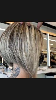 Bob Haircut For Fine Hair, Bob Hairstyles For Fine Hair, Haircuts For Fine Hair, Cute Hairstyles, Short Highlighted Hairstyles, Short Womens Hairstyles, Bob Hair Cuts, Short Inverted Bob Haircuts, Undercut Bob Haircut