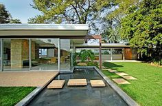 Win Lotto….Buy Singleton House designed by Richard Neutra