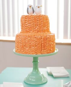 Orange wedding cake // Photo: L Photographie  // Feature: The Knot