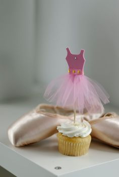 Ballerina Cupcake Toppers  Set of 12 by TinyToppRs on Etsy, $34.00   I could totally make these!!!!